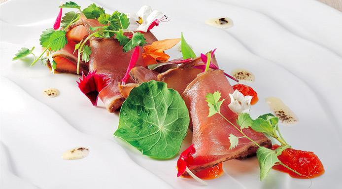 Tonno marinato con Liquirizia e Basilico